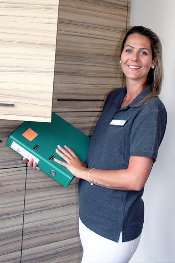 Rebecca Gutknecht, Dentalassistentin und Ausbildnerin